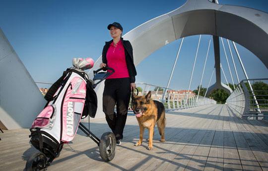 golfkvinna_bron540x346